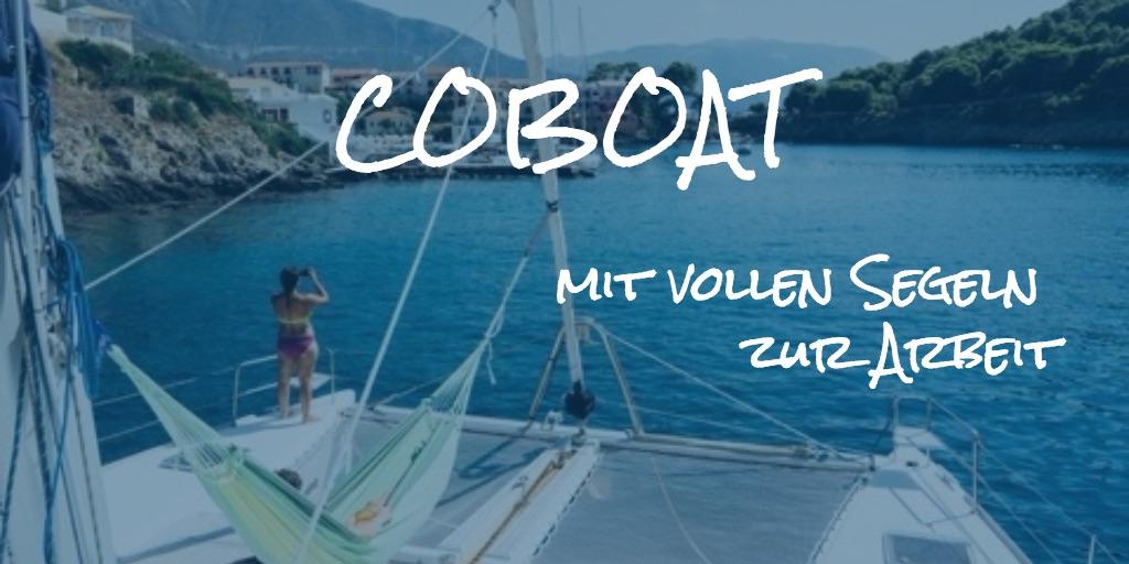 Coboat mit vollen Segeln zur Arbeit