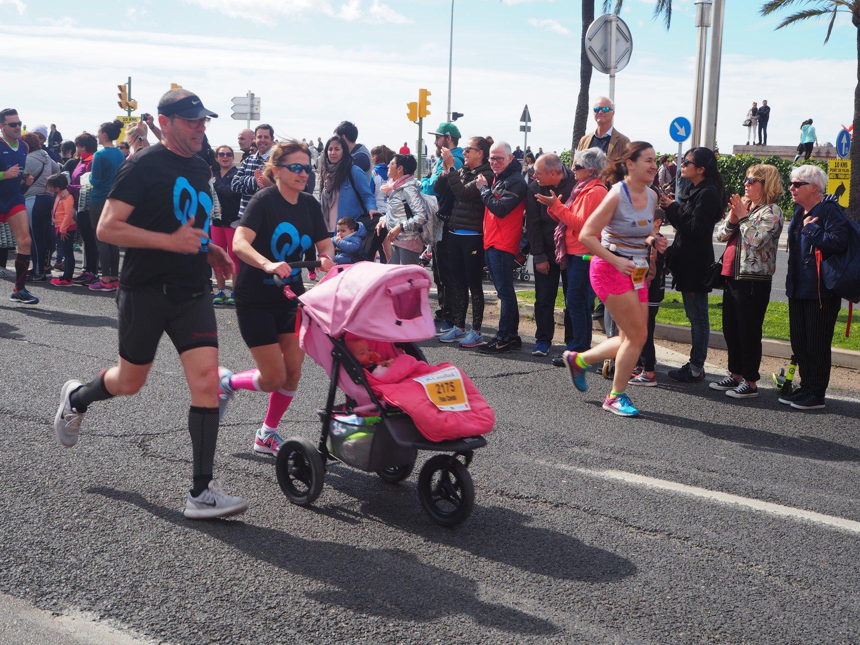 Half Marathon Palma de Mallorca: Family with Baby