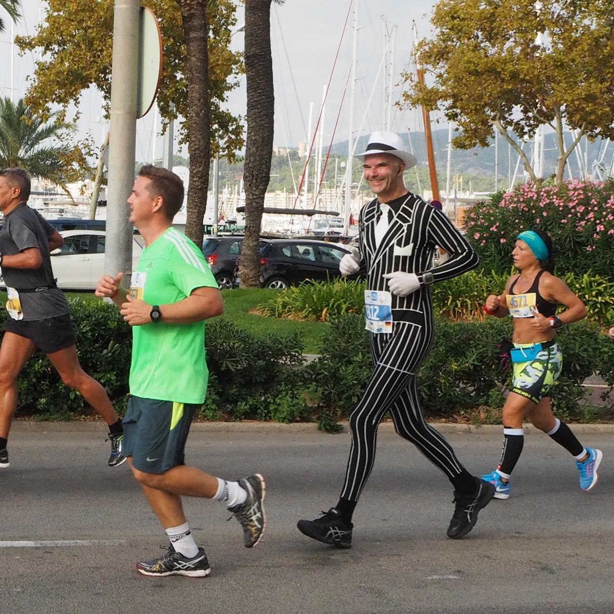 Dandy Palma Marathon Outfit